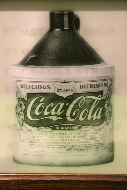Coca Cola, una delle prime bottiglie