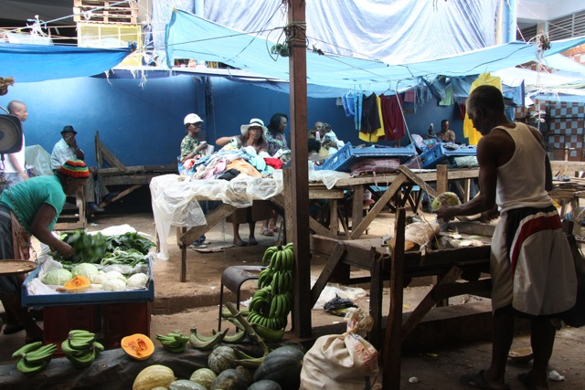 Al mercato di Browns Town