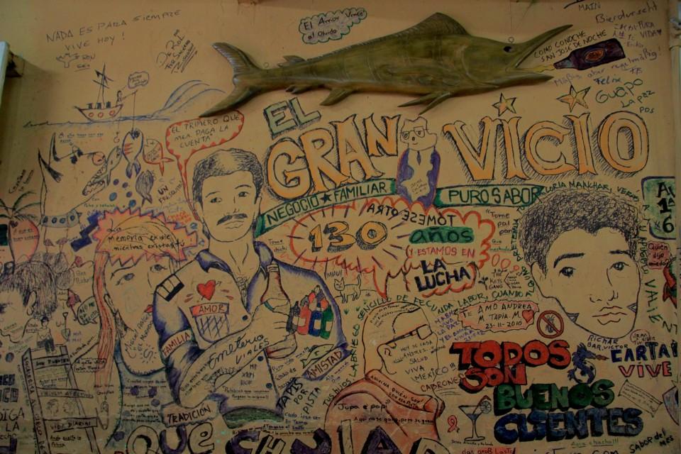 La parete con gli scritti dei detenuti