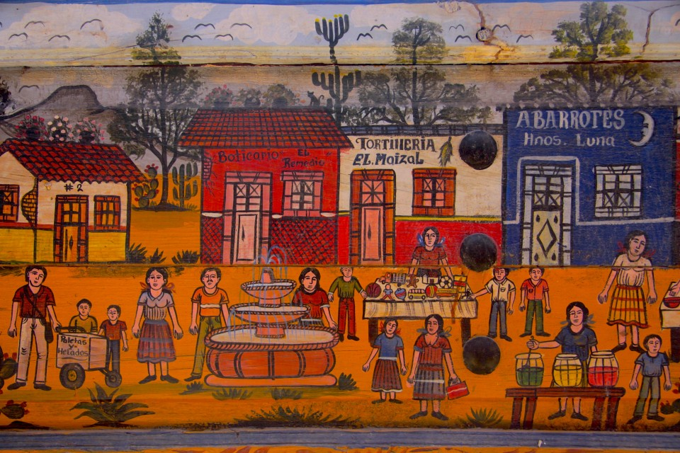Nei dipinti su legno l'atmosfera messicana -IMG_0626
