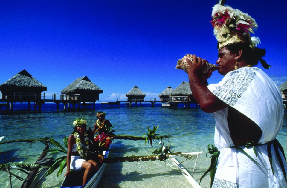 Sull'isola Moorea durante la cerimonia