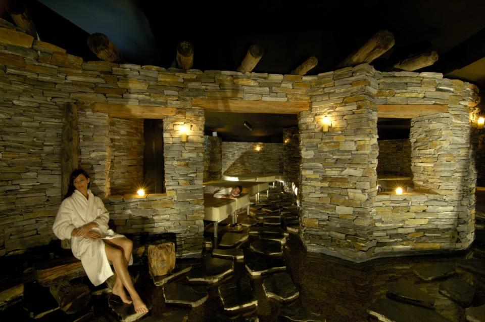 In relax nella sauna sulfurea