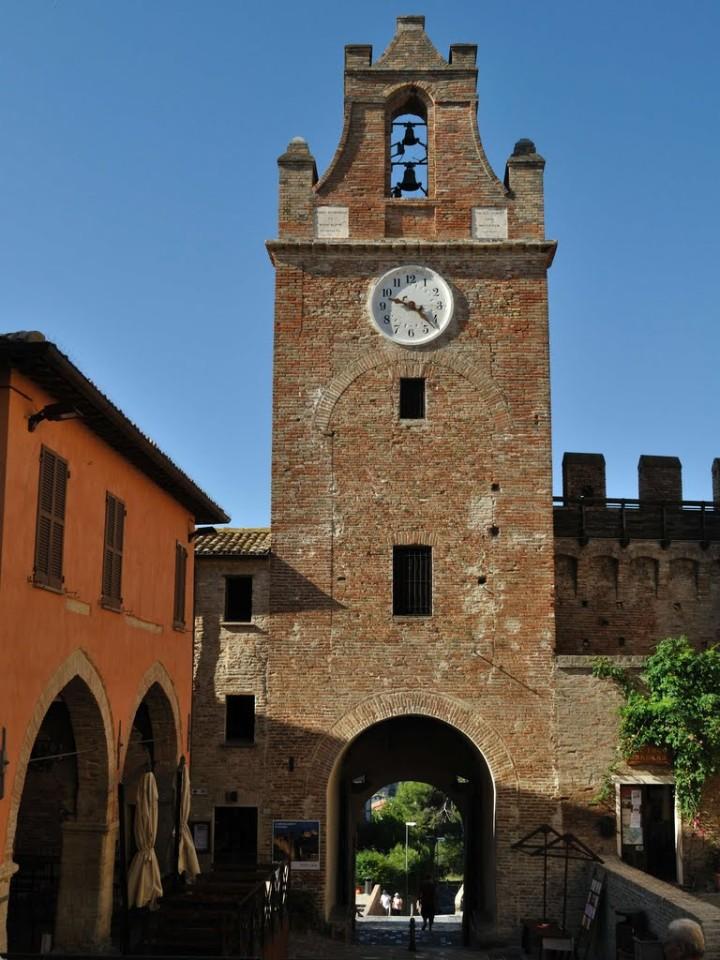 La bella Torre dell'orologio