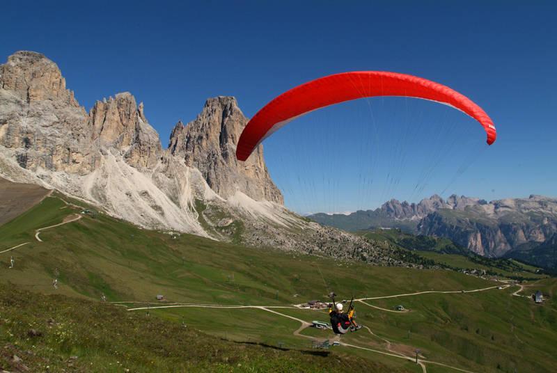 Parapendio tra le Dolomiti