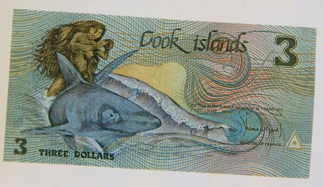 Una delle banconote da 3 dollari in corso alle Isole Cook