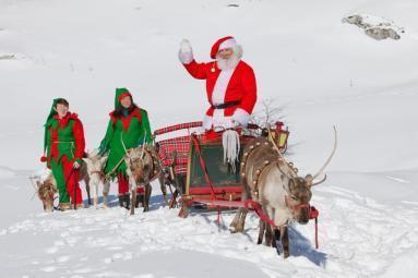 Babbo Natale con la renna