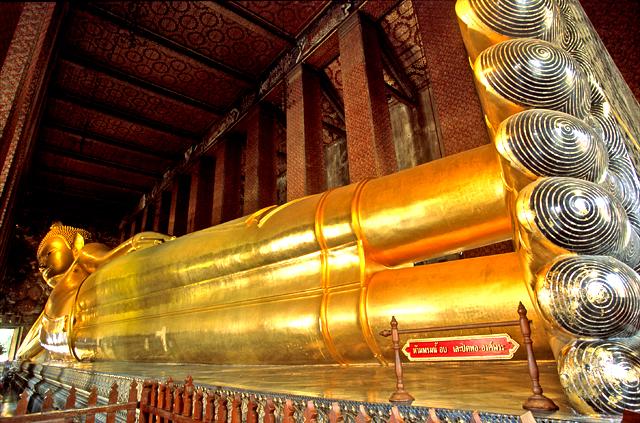 Wat Pho, Buddha reclinato