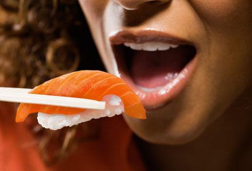 Mangiare il salmone