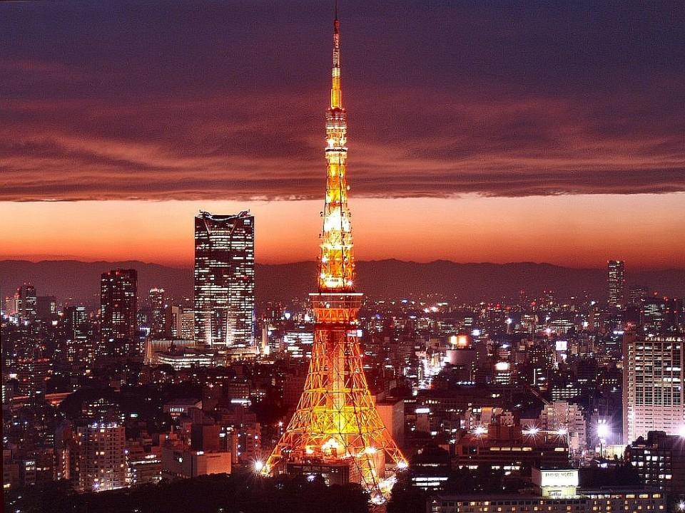 A Tokyo la tower, copia della Tour Eiffel