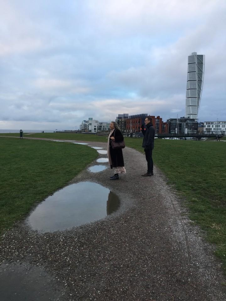 A Vastra Hamnen con sullo sfondo il grattacielo Turning Torso
