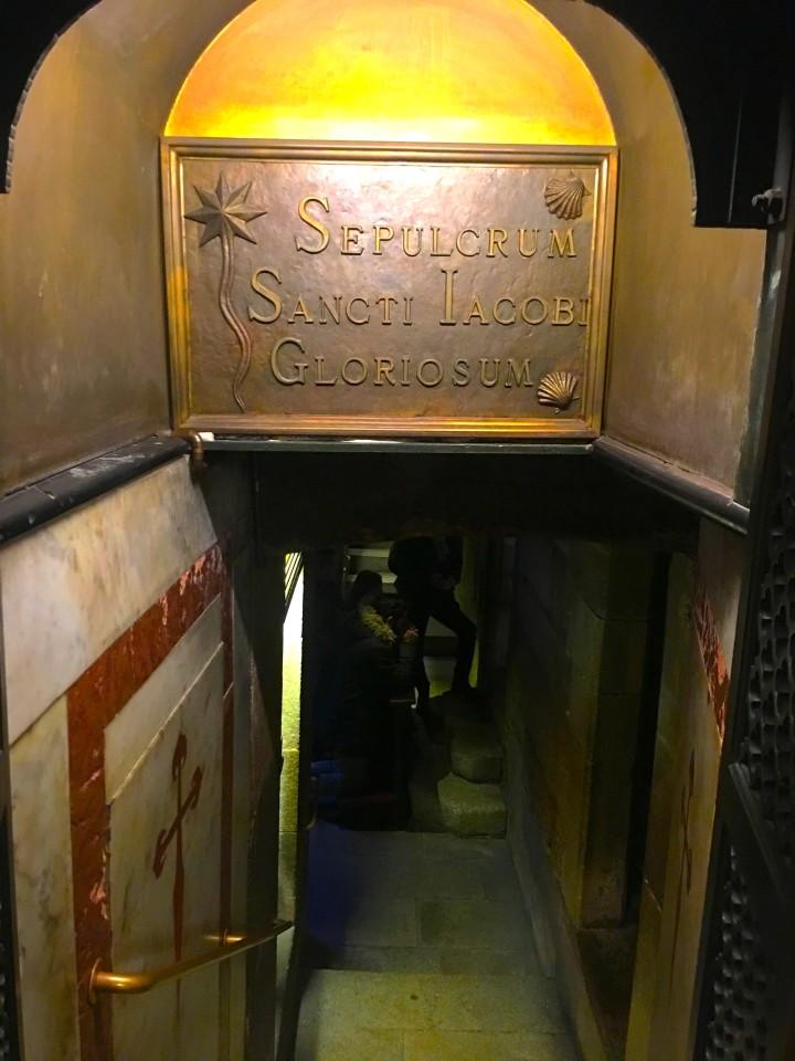 L'ingresso al sepolcro