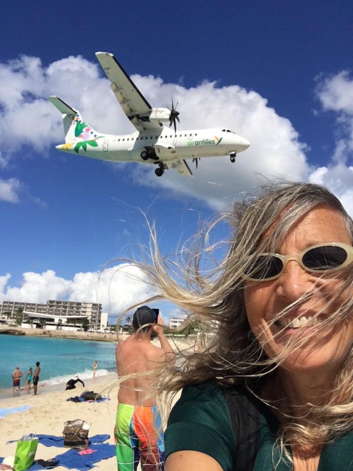 Ed ecco il tanto atteso selfie, l'areo ti vola quasi tra i capelli