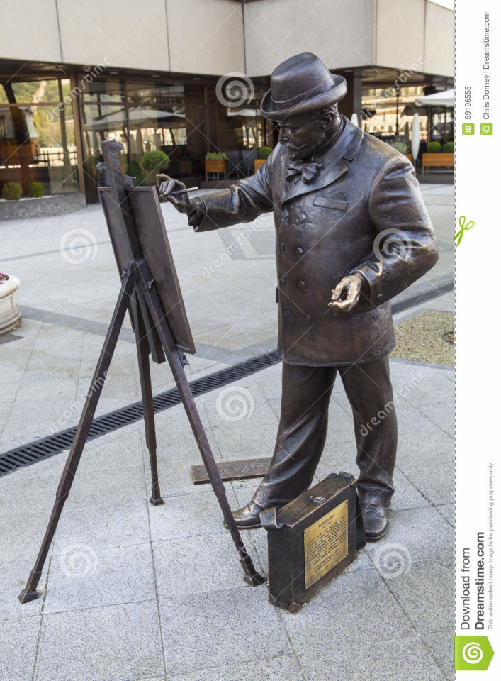 La statua che ritrae Roskovics Ignac