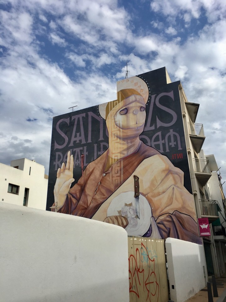 In giro sulla costa i murales impazzano