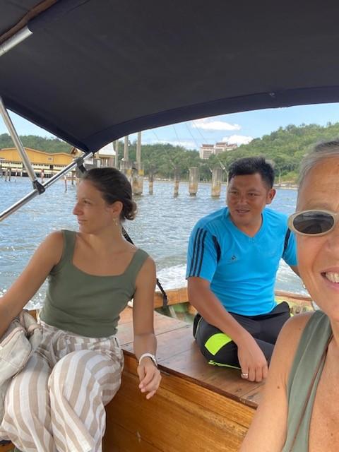 Tour in barca tra le mangrovie con la guida