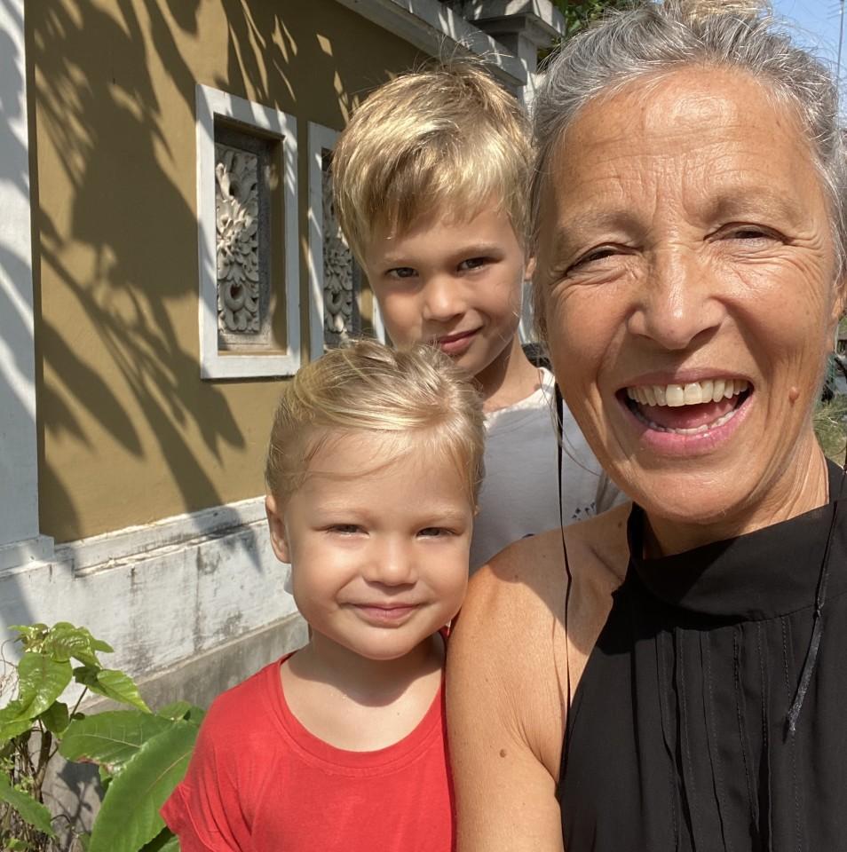 Savina Sciacqua con i suoi nipoti