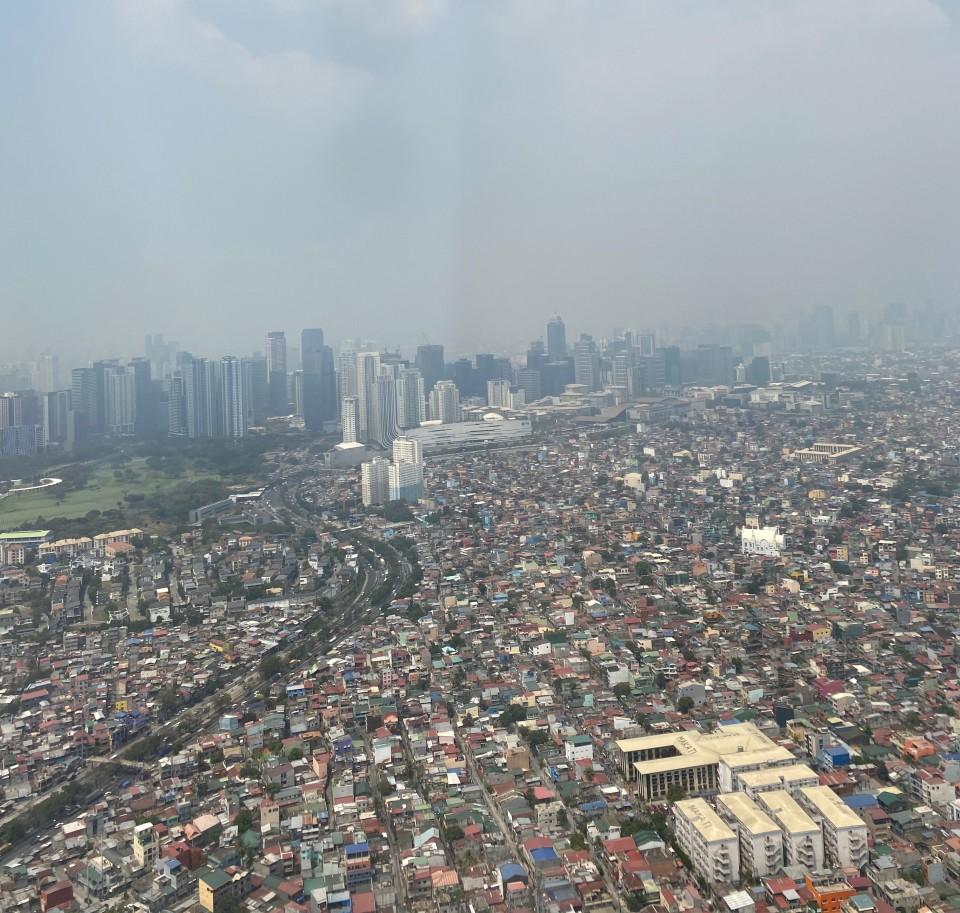 Lo smog di Manila non rende onore a questa capitale