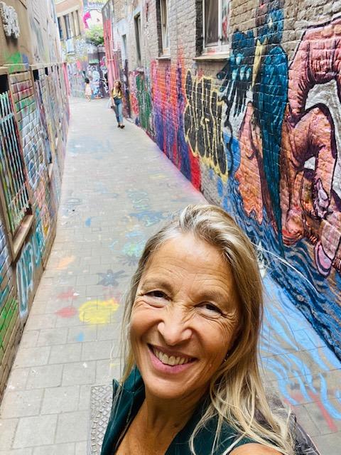 Nella via dei Graffiti